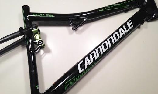 Cannondale Scalpel grote schade schuine buis